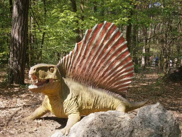 Солец-Куявски, Парк динозавров
