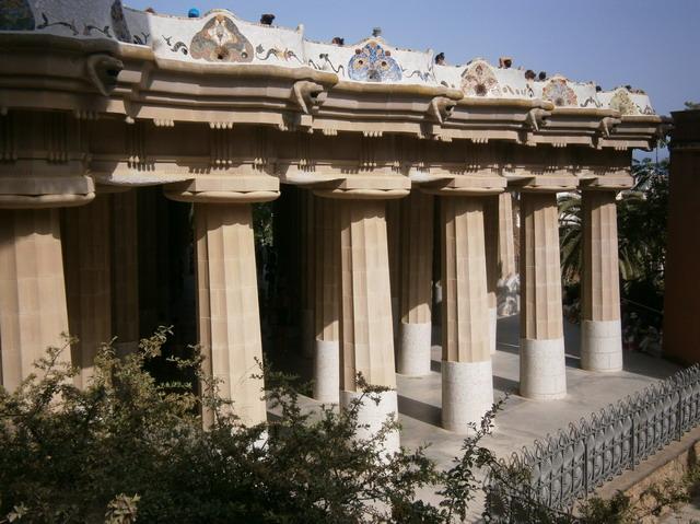 Парк Гуэль, Дорический храм
