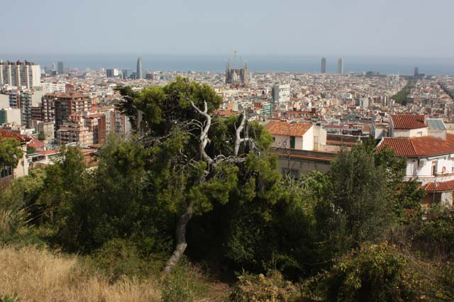 Вид на Барселону с Парка Гуэль