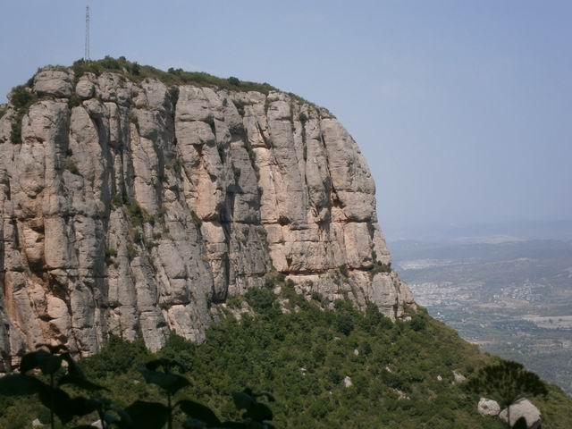 Santa Cova горы