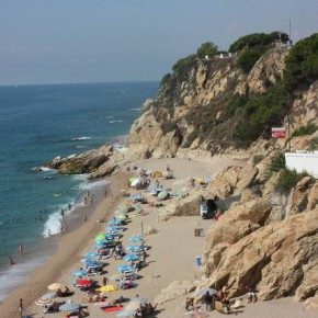 Калелья — недорогой курорт близ Барселоны