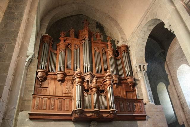 Каркассон базилика орган