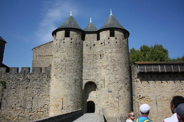 Каркассон замок