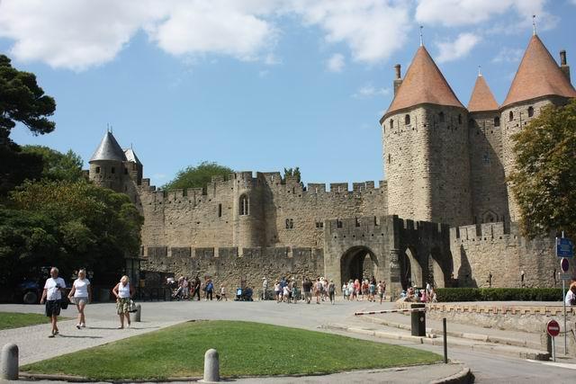 Каркассон вход в крепость