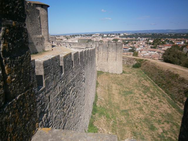 Каркассон крепостная стена
