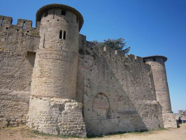 Каркассон башни