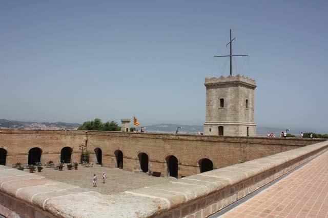 Барселона Монжуик на крыше крепости