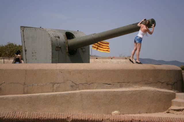 Монжуик Барселона орудия