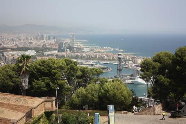 Монжуик вид на порт с крепости
