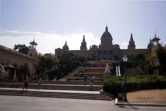 Барселона Национальный дворец общий вид