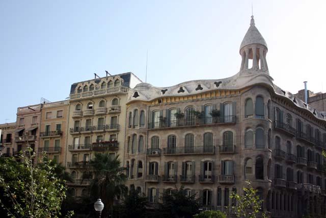 Барселона здания