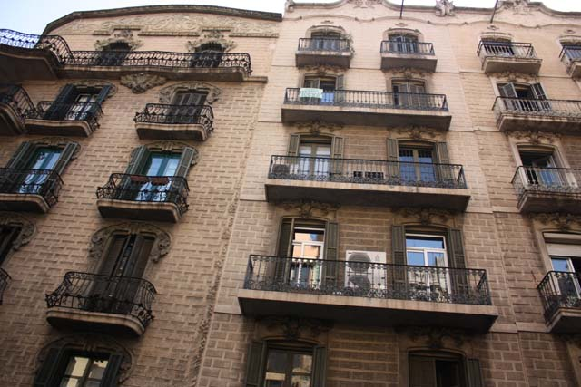 Барселона фасады домов