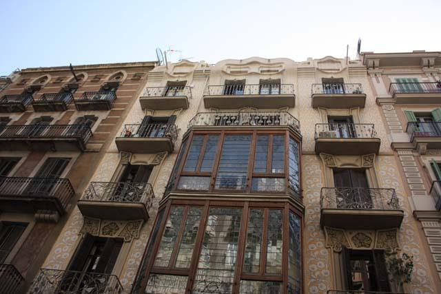Барселона фасады зданий