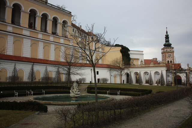 Микулов внутренний двор замка Дитрихштейнов