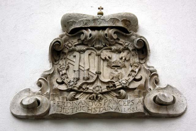 Микулов замок герб