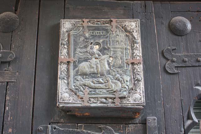 Барселона деревянная дверь символ