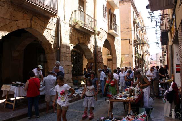 Таррагона рынок у собора