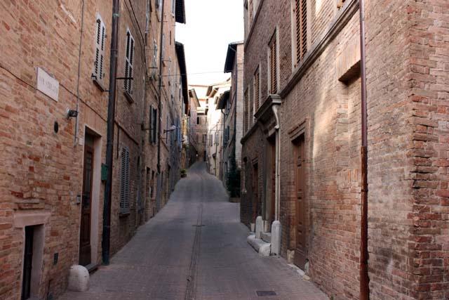 Урбино улица