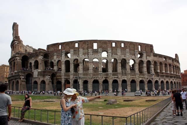 Колизей Рим вид снаружи
