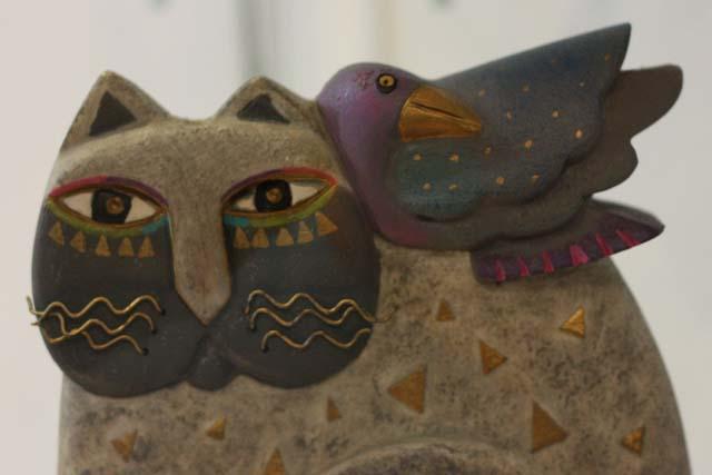 фарфоровый кот и птица
