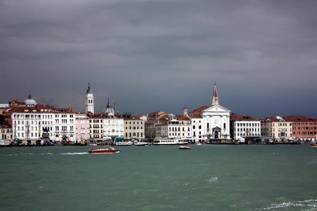 Венеция - вид на набережную