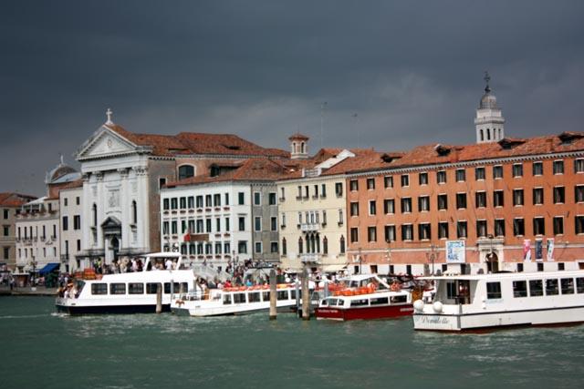 Пристань в Венеции