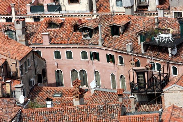 Венеция - окна города