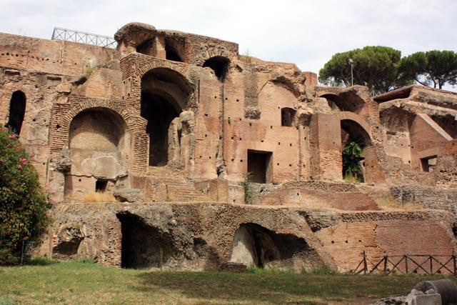 Палантин в Риме - строения