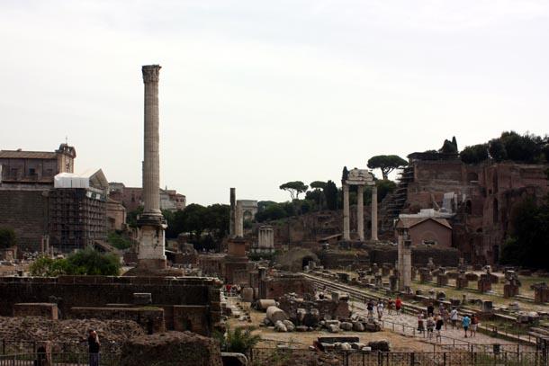 Римский форум - прогулка по античным раскопкам