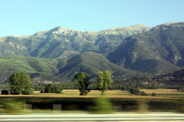 горный пейзаж - вид из окна