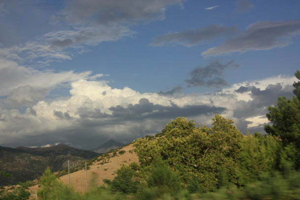 Греция - облака и горы