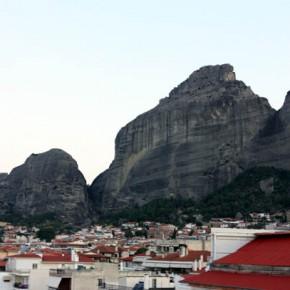 Каламбака — панорама с крыши отеля Antoniadis