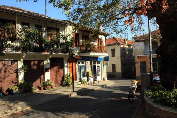 Никисьяни двухэтажные домики