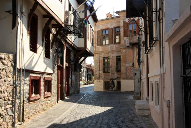 Ксанти узкие улочки города