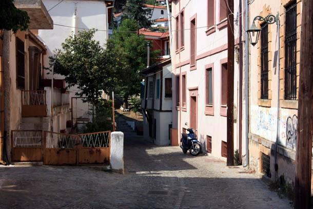 Ксанти - бело-розовые стены домов