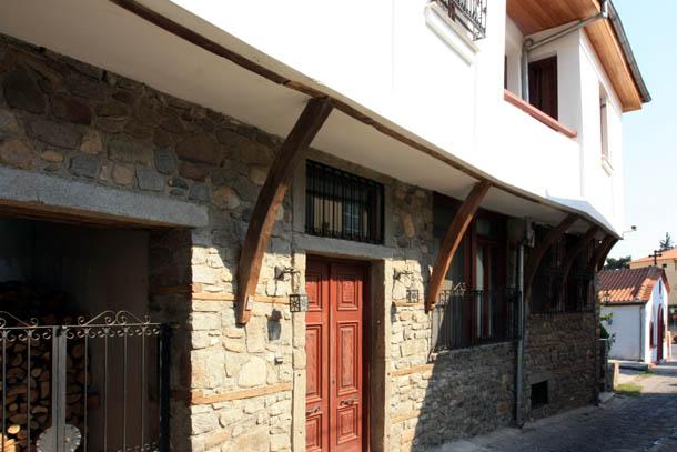 Ксанти - окна и двери домов