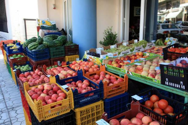 Вкуснейшие фрукты и овощи Греции