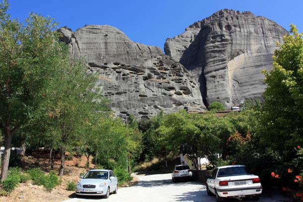 Метеоры - вид на скалы из Каламбаки