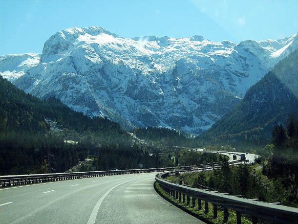 Зальцбург Автобан в Альпах