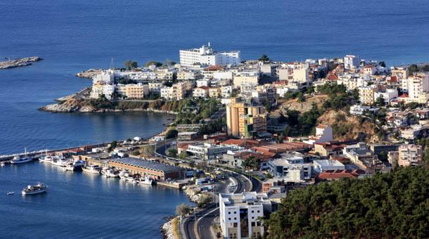 Кавала - отели на берегу моря, вид сверху