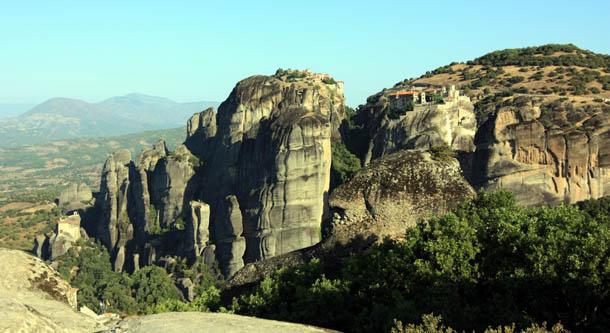 Монастыри Метеоры на вершине скал