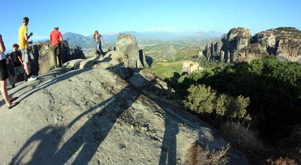 Наши туристы на Метеорских скалах