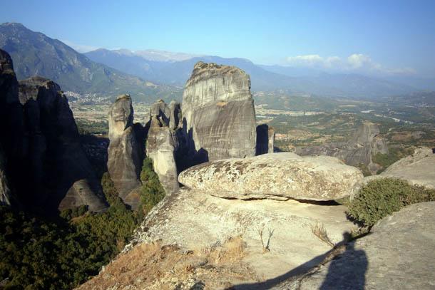Скалы в форме столбов