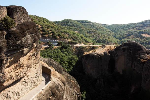 дорога к монастырю Варлаам