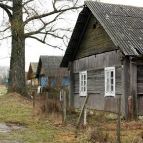 Деревенские домики — подборка фото из Беларуси