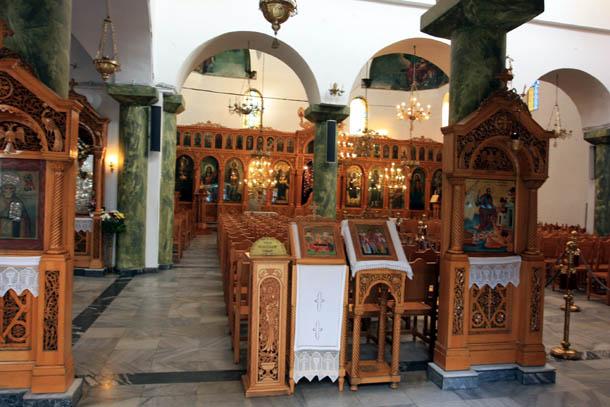 Внутри храма Св. Николая