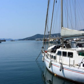 Кавала — набережная, суда и яхты