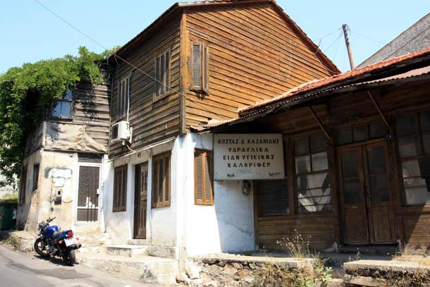 деревянные дома в Греции
