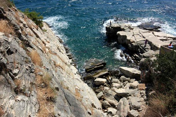 Панагия - вид на скалы сверху