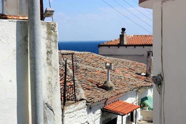 Крыши греческого города